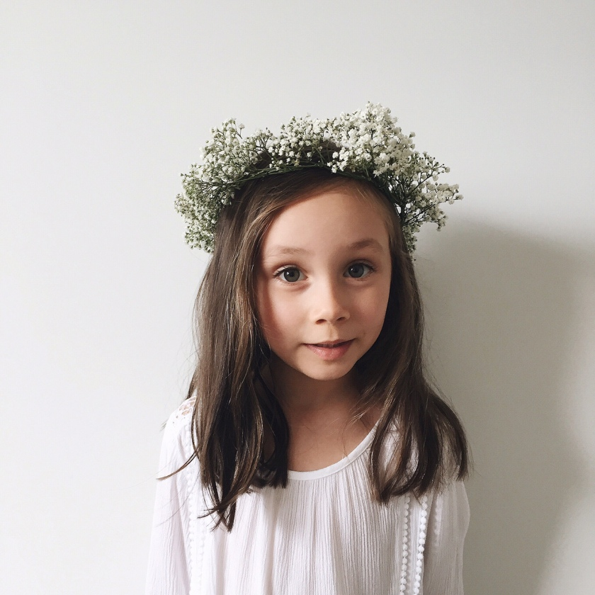 DIY Baby's Breath Flower Crown Tutorial The Merge Journal